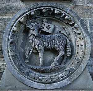 Agnus Dei, relief at cemetery chapel in Dresden�Striesen, Germany.